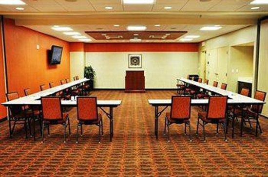 Hampton Inn & Suites Cincinnati/Uptown-University Area: Uptown Meeting Room available to rent for Events
