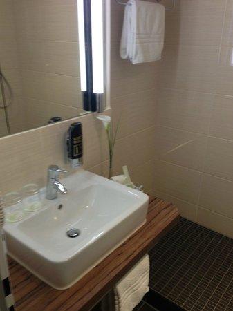Hotel Vorfelder: Kleines aber sehr feines Badezimmer