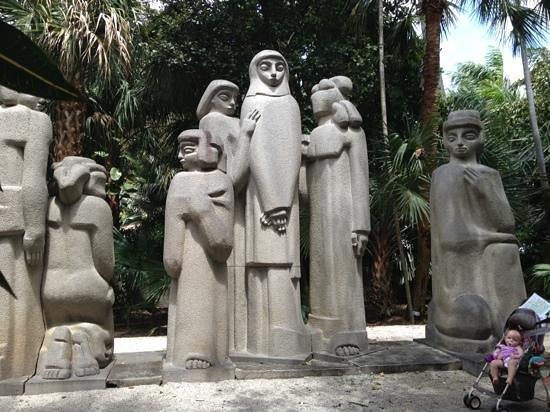 Ann Norton Sculpture Gardens : beautiful sculptures!!