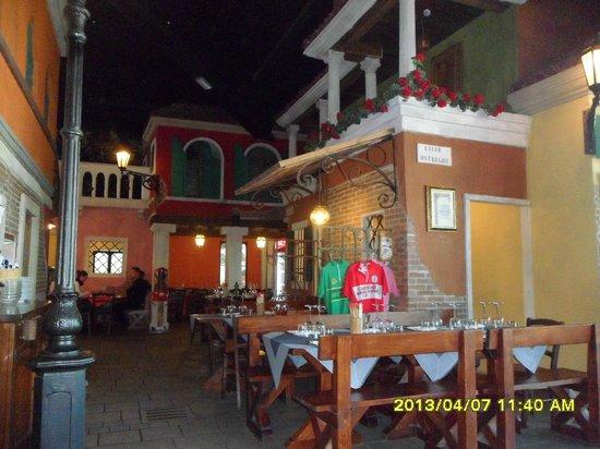 El Venexian: locale
