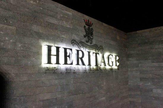 Heritage Prime Rib House: Entrada