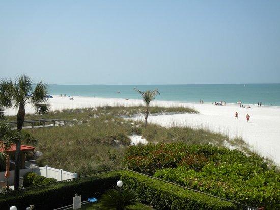 Gulf Beach Resort: Beach