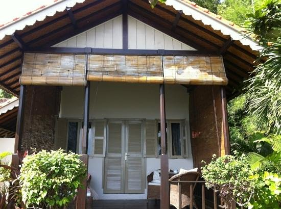 Kembali Beach Bungalows: bungalow 1