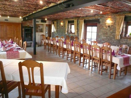 Chambres d 39 h tes la ferme picture of ferme chateau de for Chambre d hotes ardennes