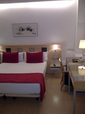 Ayre Hotel Caspe: Roomview