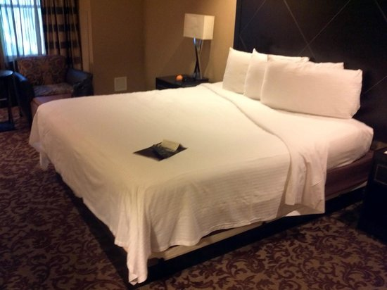 Sam's Town Hotel & Gambling Hall: Bed