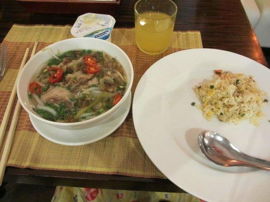 Palace Hotel Saigon: 朝食ビュッフェ
