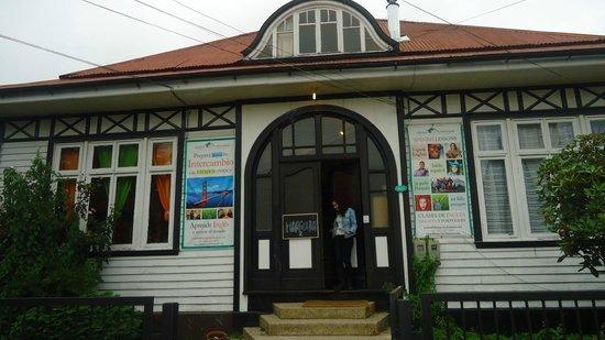 Hostal Margouya Patagonia: Frente do Hostel