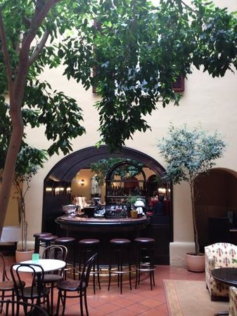Hotel Konig Von Ungarn : La corte interna del più romantico hotel viennese, il Re d'Ungheria!