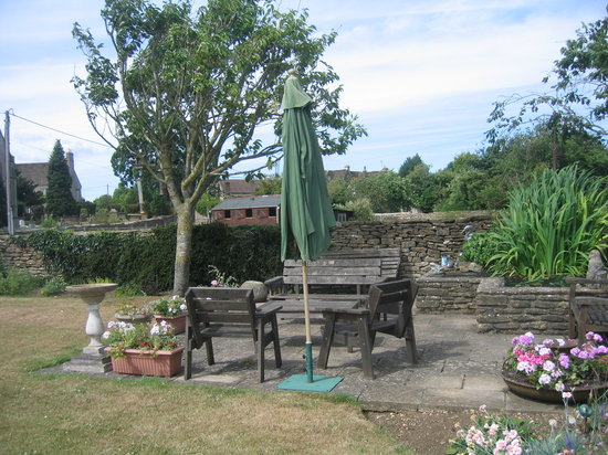 Church Farm Atworth B&B: How about a relax in the garden?