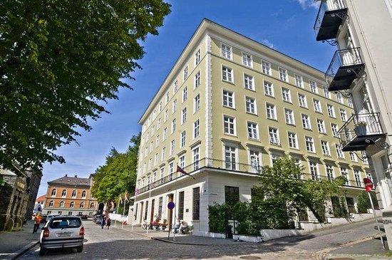Grand Hotel Terminus: Fasade GT