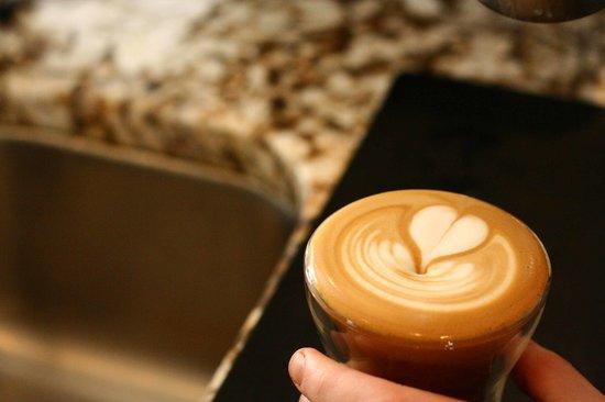 Caffe Rosso: getlstd_property_photo