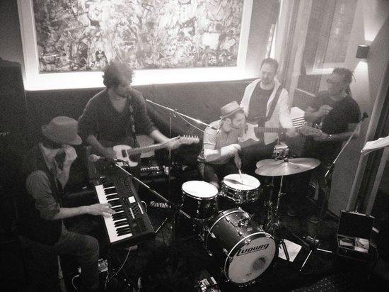 Oberdan Cafe: music live