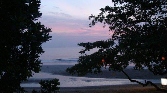 Koh Chang Lagoon Resort: Solnedgang fra terrassen