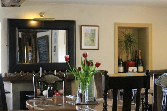 The Bull Inn : the dining room.