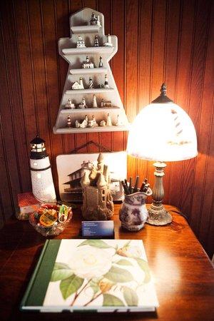 Royal Rose Inn Bed and Breakfast: Interior