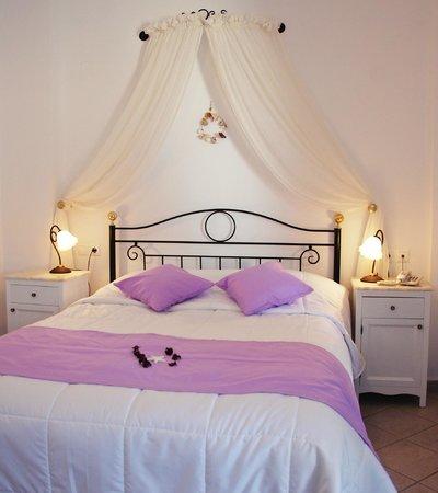 Reverie Santorini Hotel : Double Room