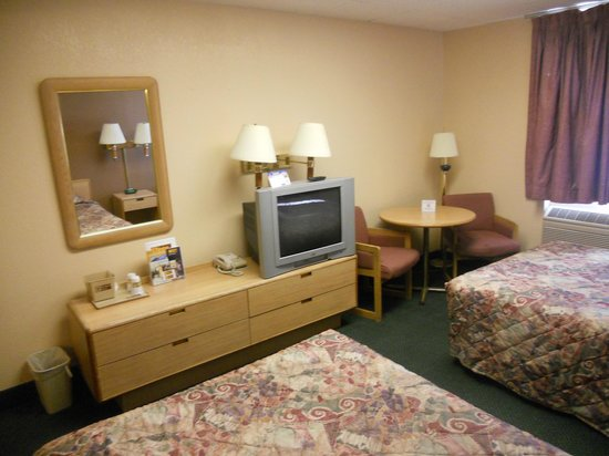 Budget Host Inn Mankato : Double Room