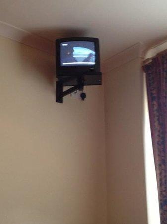"""Harcourt Hotel: """"modern"""" television"""