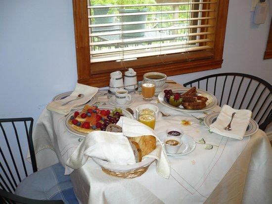 Le Sieur De Joliette : Déjeuner