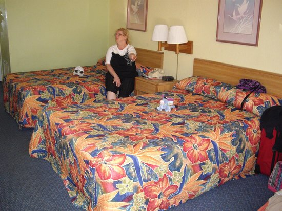 Seralago Hotel and Suites: chambre