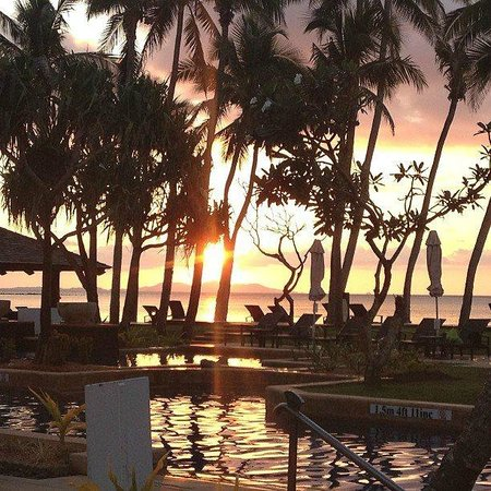 The Westin Denarau Island Resort & Spa Fiji: Poolside sunset