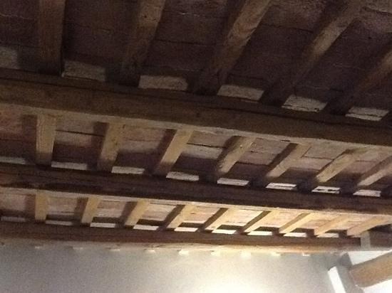 Agriturismo Villa Buontempo: soffitti in cotto