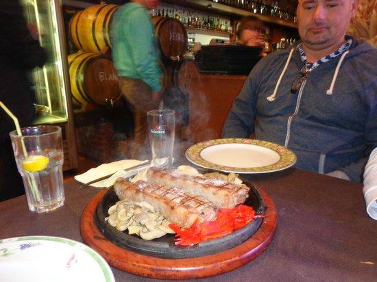 Restaurante EL Gaucho : Steak ELRancho style, perfect!!