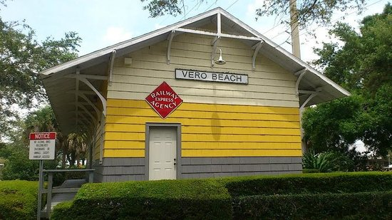 ‪Vero Train Station‬