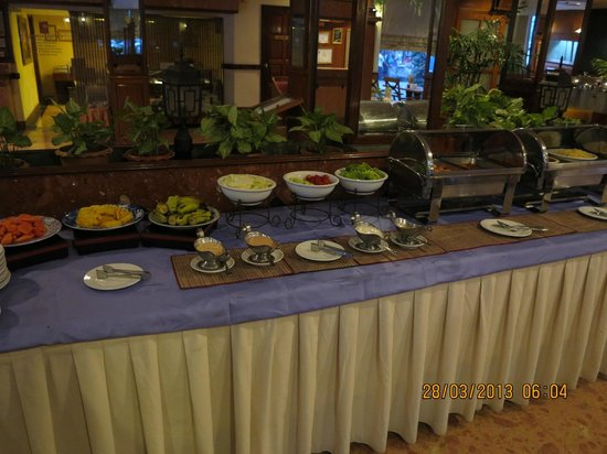 Holiday Villa Phnom Penh: Breakfast