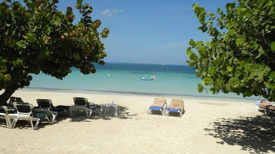 Azul Beach Resort Sensatori Jamaica by Karisma: Beach ! wonderful !
