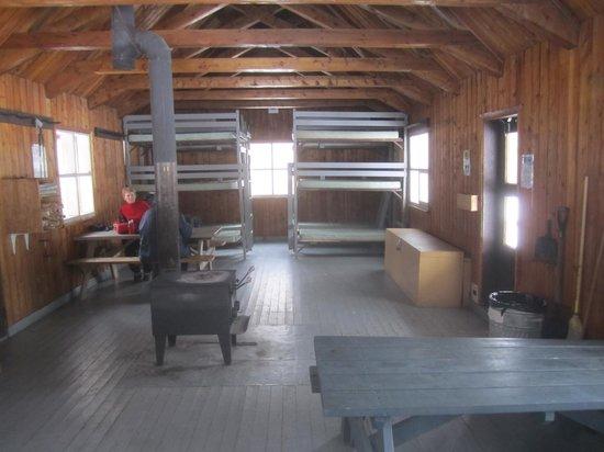 Auberge Duchesnay: La Halt warming hut