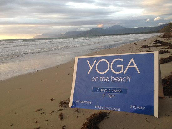 Reef Club Resort: Yoga 10 mins away