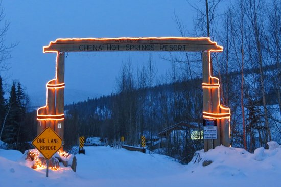 Chena Hot Springs Resort: the entrance