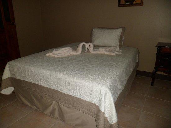 Hotel Leon del Sol: Guest Room