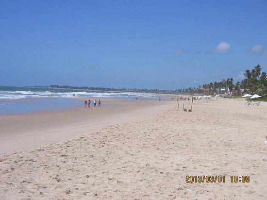 Prodigy Beach Resort Marupiara: PRAIA EM FRENTE DO HOTEL