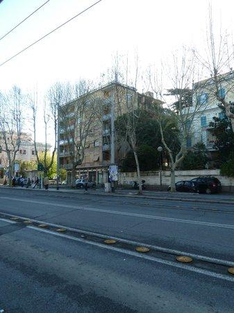 Hotel Santa Costanza: Πώς φαίνεται το ξενοδοχείο από έξω.