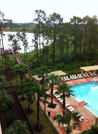 Lake Eve Resort: Vista do apartamento 6o andar