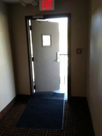 Super 8 Madison: Security Doors Wide Open