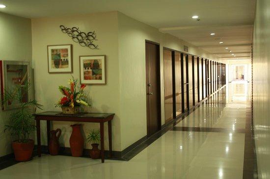 Palmbeach Resort & Spa : hallway