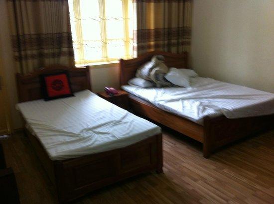 Hanoi Rose Hotel: Small family room