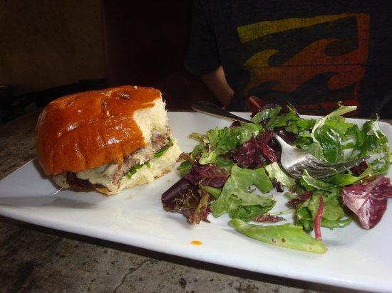 Back Abbey : Soft bun, nice side salad, but not a lot meat.