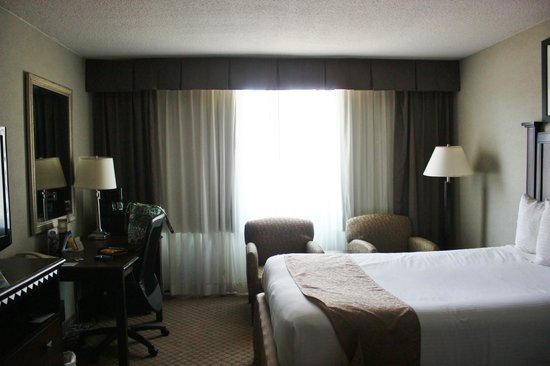 BEST WESTERN Plus Rockville Hotel & Suites: Room