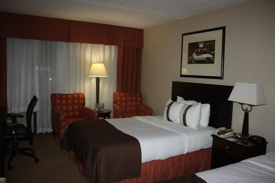 Holiday Inn Cherry Hill: Two double beds