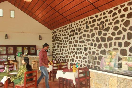 Kaivalyam Retreat: Dining hall / Reception