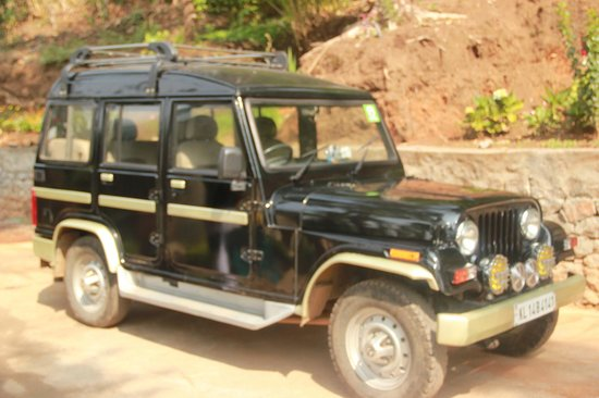 Kaivalyam Retreat: jeep @ ur service all the time