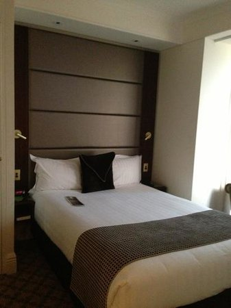 Stamford Plaza Melbourne: bedroom one