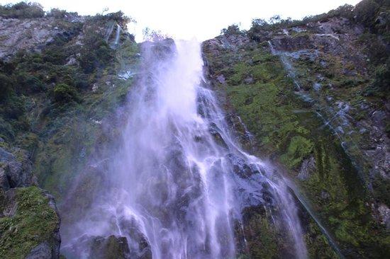Milford Sound: Stunning waterfalls