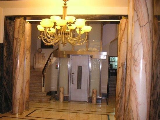 Britania Hotel: Hotel & grounds