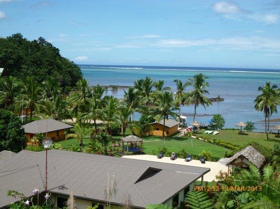 Waidroka Bay Resort : Veiw over resort, from Panoramic rooms